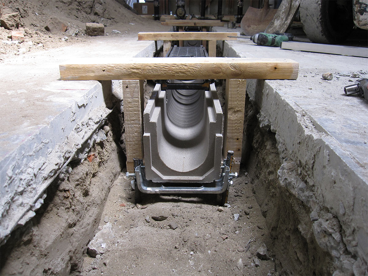 drainage system design www galleryhip com the hippest pics avbs design end drop sloped channel garage floor drain